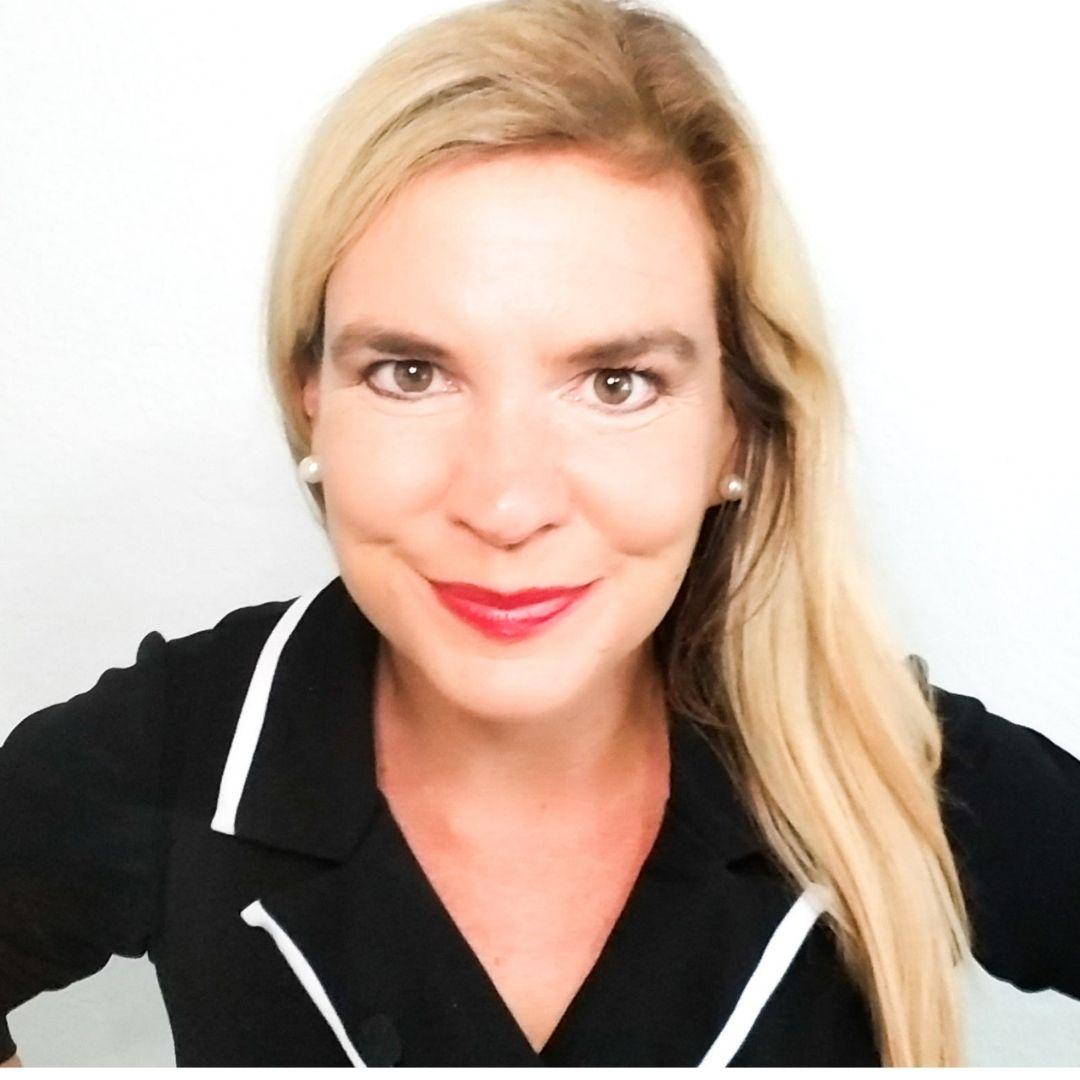 Dr Nancy Richmond